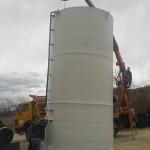 Plastični-rezervoari-za-skladištenje-demi-vode-50000l-podizanje
