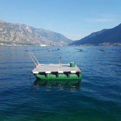Plasticni pontoni za katamarane