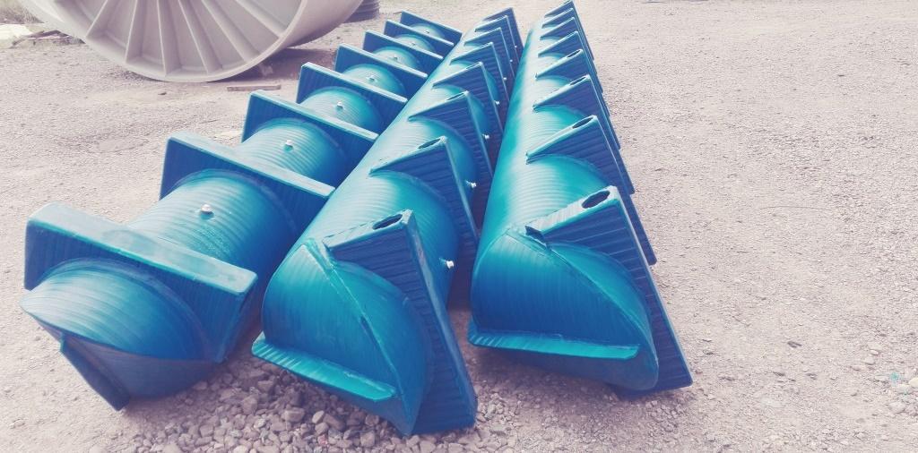 Plastični pontoni za katamarane, trimarane