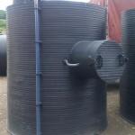 Vertikalni-rezervoar-za-skladistenje-lož-ulja-sa-zastitom-pumpe-za-istakanje-V-3000l