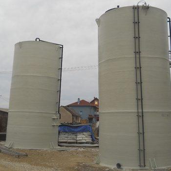 Vertikalni plastični rezervoari za skladištenje demineralizovane vode