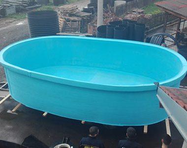 Plastični bazen za kupanje