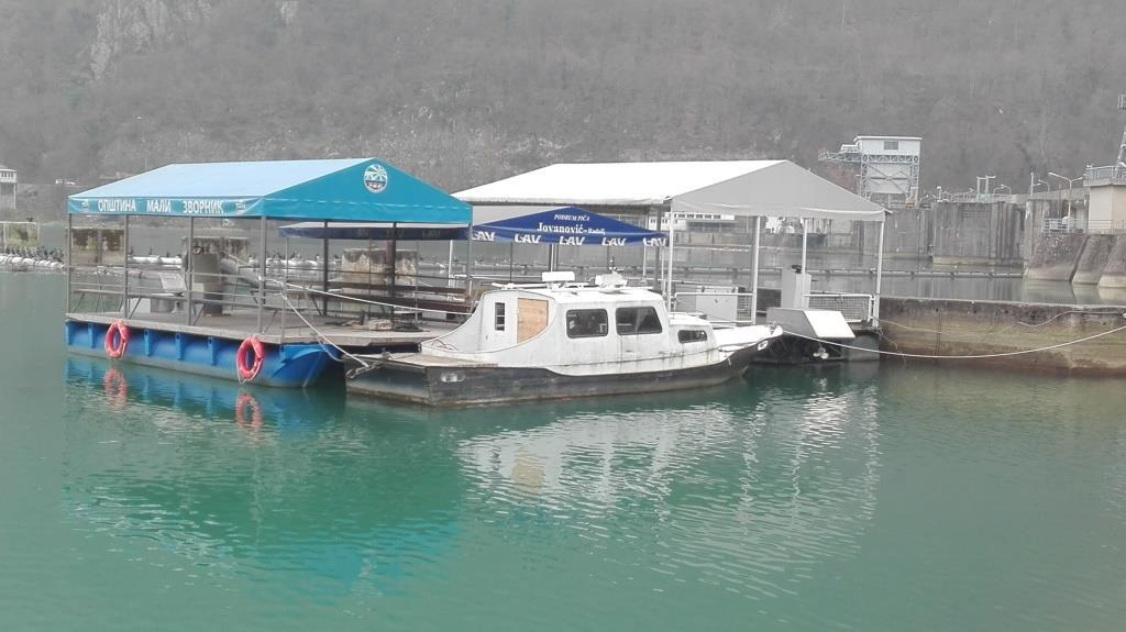 Plasticni pontoni za splavove