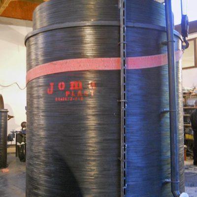 Plastični rezervoar sa duplim zidom